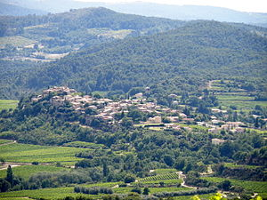 Faucon, Vaucluse - An overall view of Faucon