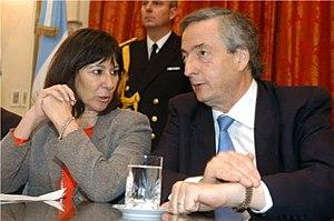 Felisa Miceli - Felisa Miceli confers with President Kirchner in 2006.