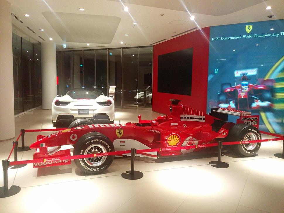Ferrari store in Roppongi 飯倉片町