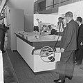 Firato 1963 Een van de vele stands van de Nederlandse televisie, Bestanddeelnr 915-5209.jpg