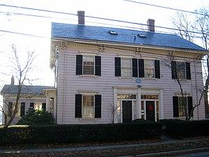 First Parish Church Parsonage - Image: First Parish Church Parsonage, Arlington MA IMG 2771