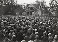 Folkemøte ved Rådhusplassen og musikkpaviljongen i forbindelse med navnestriden (1929).jpg