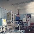 Fotothek df n-22 0000546 Medizinische Versorgung, Lungenuntersuchung.jpg