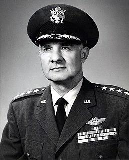 Frank F. Everest United States general