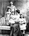 Franz Ferdinand Archduke of Austria with family 1908.jpg