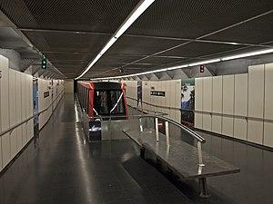 Montjuïc Funicular - The lower terminus in Paral·lel metro station