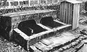 Pig toilet - A fuuru (pig toilet) in early 20th century Okinawa