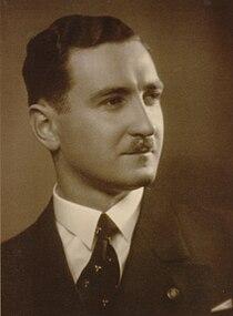 Gábor Kornél Tolnai, fotografi 1935.JPG