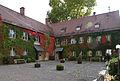 Göggingen Rathaus Innenhof.jpg