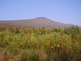 Le mont Greylock depuis la West Mountain Road