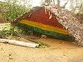 Garage rasta en ruine suite au cyclone Giovanna, Vatomandry, Madagascar.jpg