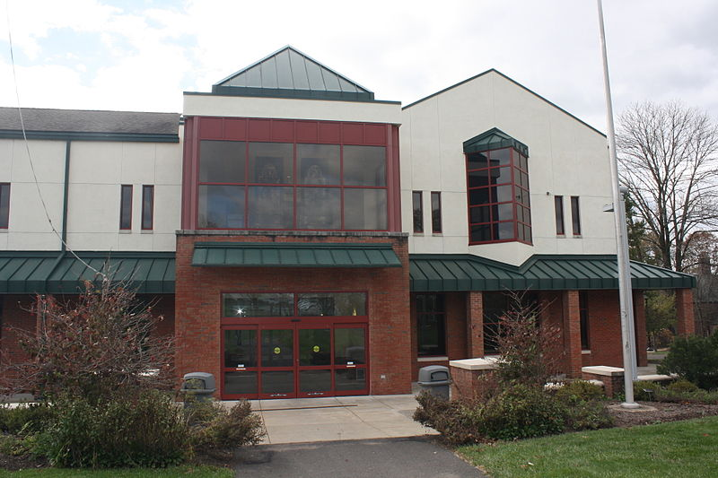 File:Gateway Center, Bucks County Community College 02.JPG