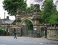 Gateway to Cliffe Castle Museum 080.jpg