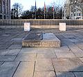 Gedenkstein Nonnendammallee 101 (Siem) Kriegsopfer.JPG