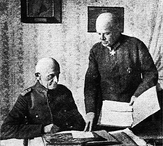Ernst von Hoeppner - Hoeppner in consultation with his Chief of Staff, Oberstleutnant Thomsen