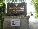 Generalfeldmarschall Erwin Rommel (Tomb).jpg