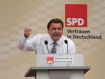 Gerhard Schroeder MUC-20050910-02.jpg