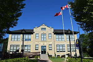 Rural Municipality of Gimli - Gimli Public School Building, constructed in 1915, and now site of the RM of Gimli's offices.