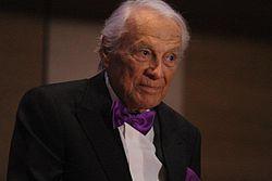 Giorgio Albertazzi (2).jpg