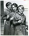 Girl Guides Uniform Canada circa 1964 (8202403099).jpg