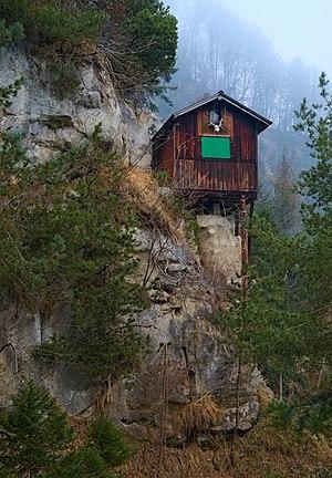 Glecksteinhütte front 20200121.jpg