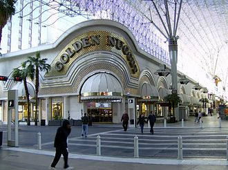 Golden Nugget Las Vegas - Golden Nugget during the day in 2007