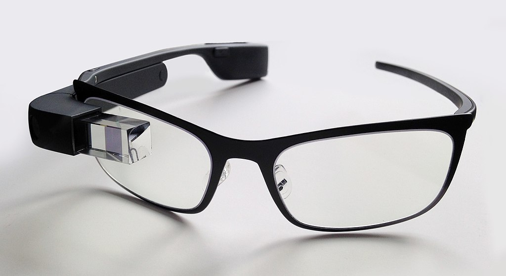 File:Google Glass with frame.jpg - Wikimedia Commons