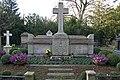 Grabmal von Metzler DSC2428.jpg