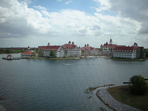 Disney's Grand Floridian Resort & Spa - Image: Grand Floridianmonorailvie w