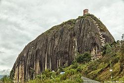瓜塔佩巨岩