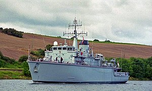 "HMS ""Brecon"" in the Bann - geograph.org.uk - 631458.jpg"