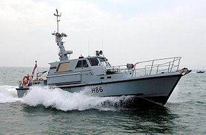 HMS Gleaner (H86) in the Solent.jpg