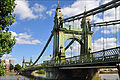 Hammersmith Bridge south.jpg