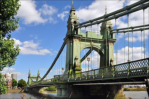 Hammersmith Bridge south