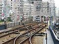 Hankyu Sannomiya Station platform - panoramio (4).jpg