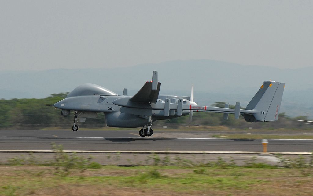 Eine Drohne vom Typ IAI HERON. Ihre Beschafftung als bewaffnete Drohne wurde diskutiert.