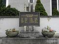 Hieflau - Pfarrkirche hl. Johannes der Täufer - Denkmal für in KZs ermordete Widerstandskämpfer.jpg