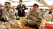 Hot pot en el restaurante Tack Hsin (1376136960) Tsim Sha Tsui, Yau Tsim Mong, Hong Kong.jpg