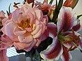House Flowers (4775911228).jpg