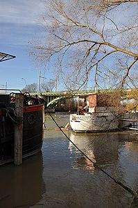 Houseboat in Rueil-Malmaison 002.JPG