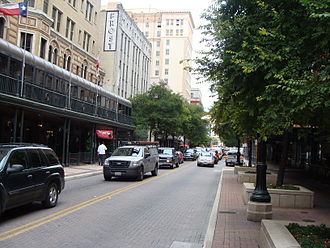 Houston Street (San Antonio) - Eastward view of Houston Street in Downtown San Antonio