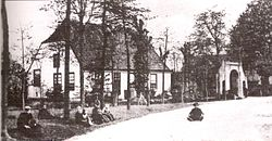 "A postcard from 1910 showing the Ribbius mansion and the ""Gate to Binderen"" in the center of Lieshout"
