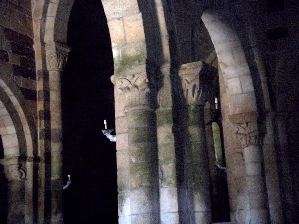 Igreja Romanica colunata geral