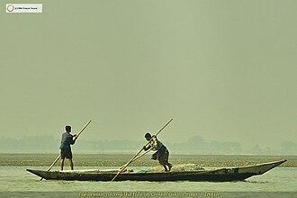 Chilika Lake - Fishermen pushing against the tide