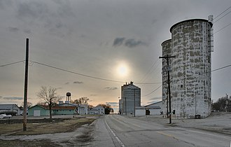 Ivesdale, Illinois - Ivesdale Grain Elevators