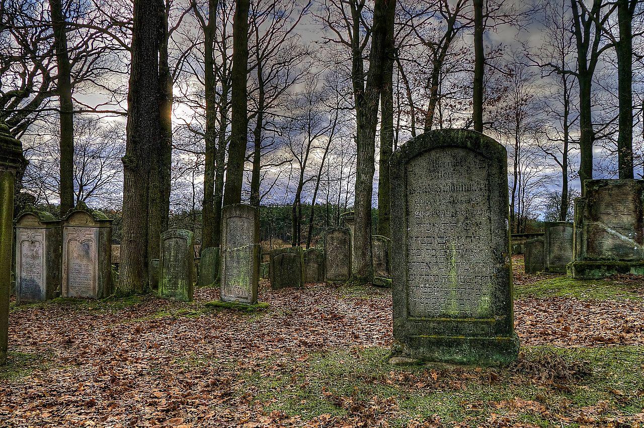 Jüdischer Friedhof Uehlfeld 10.jpg