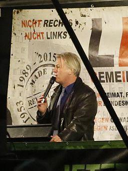 Jürgen Elsässer als Redner bei LEGIDA am 26. Oktober 2015