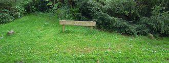 Holy Trinity Church, Weston - Grave of Jack o'Legs in the churchyard of Holy Trinity Church