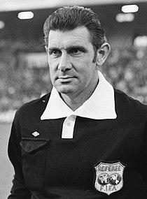 Jack Taylor referee (cropped).jpg