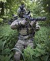 Jagdkommando trainiert (29638388556).jpg